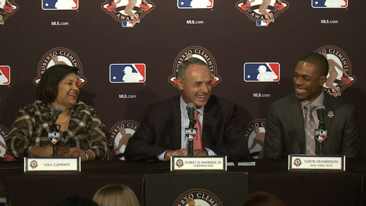Parents paved path for Granderson's Clemente Award