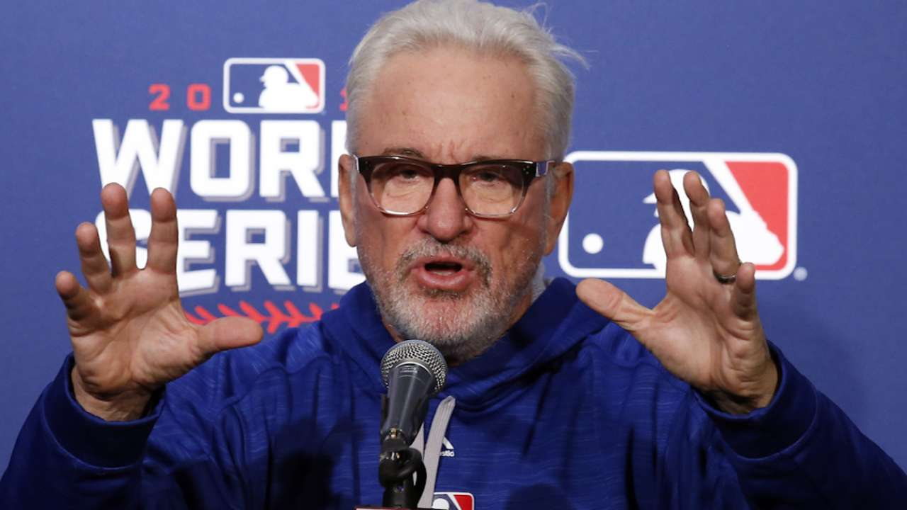 Maddon on pizza party with mom