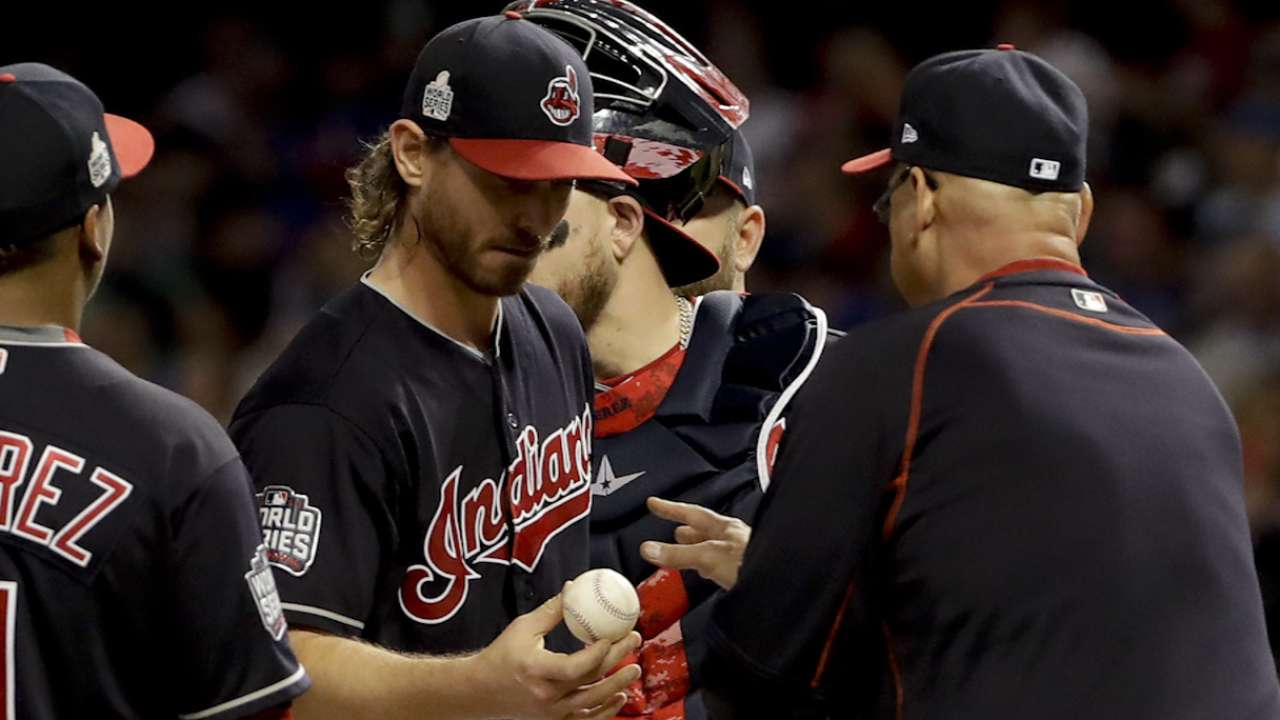 Early trouble means early hook for Tomlin
