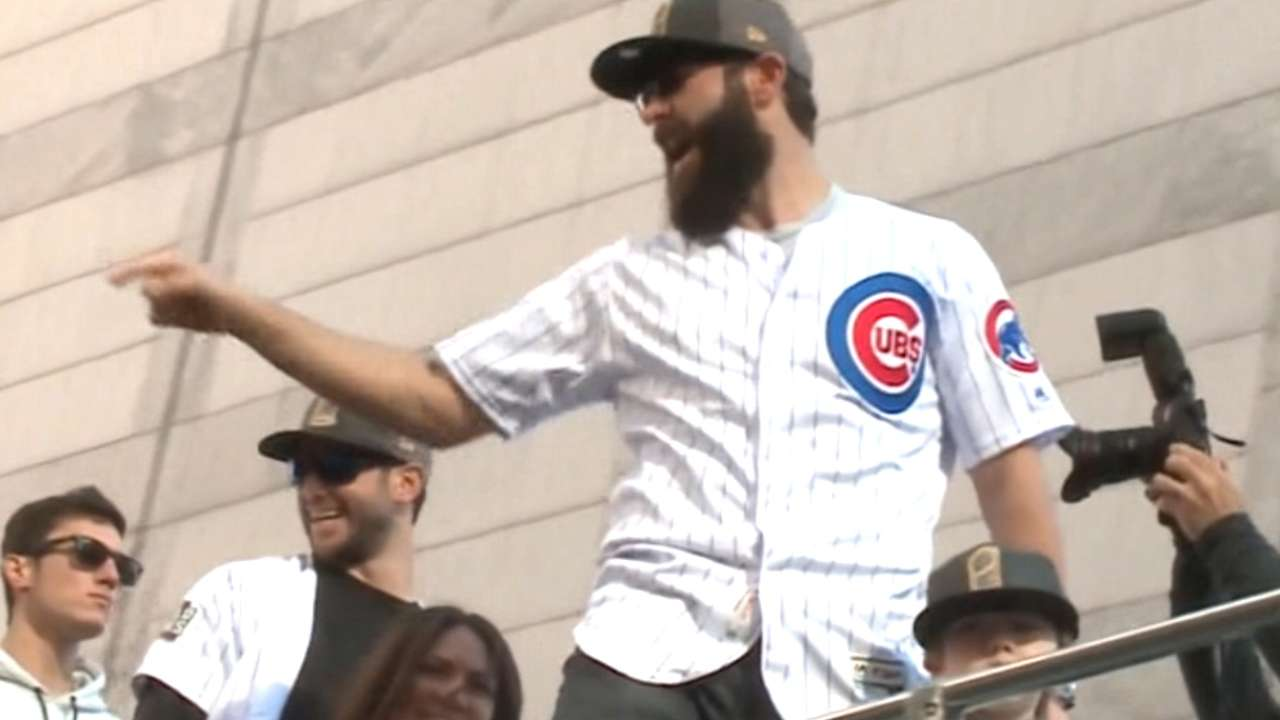 Arrieta on parade, Cubs fans