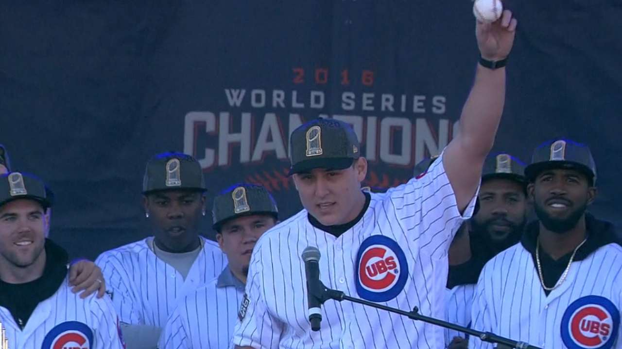 Rizzo hands off ball to Ricketts