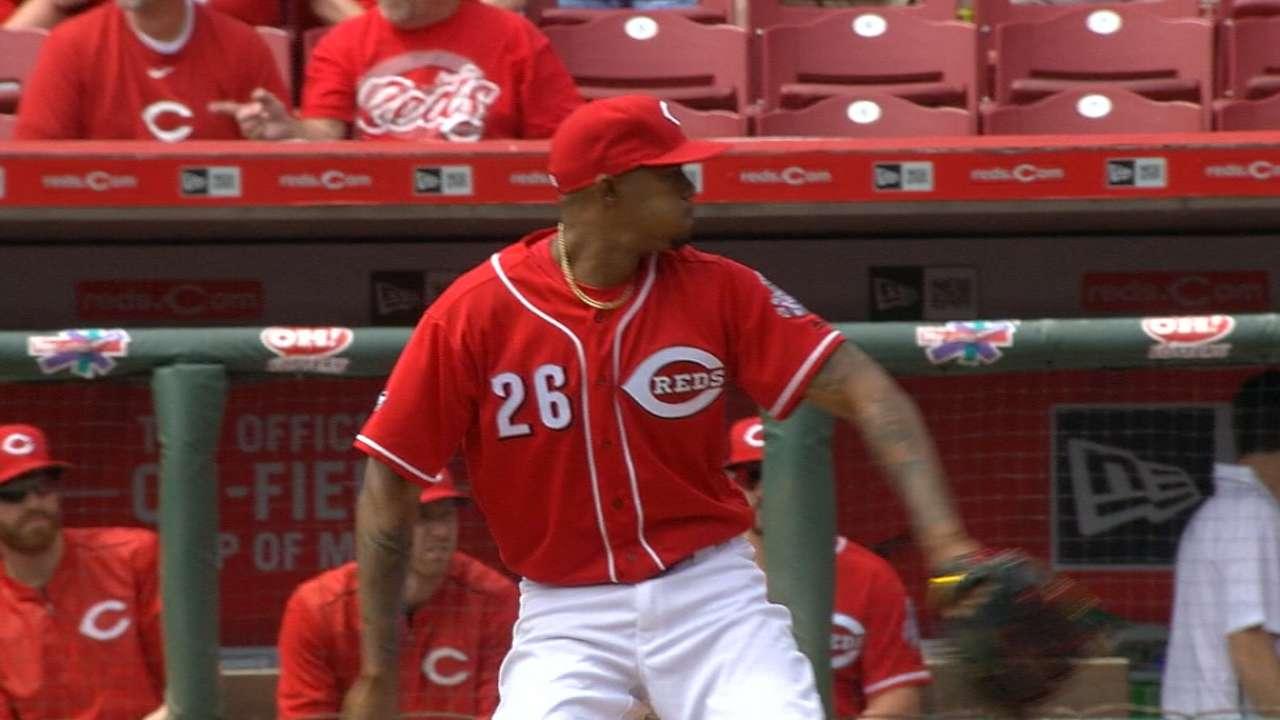 Reds look for bullpen upgrades