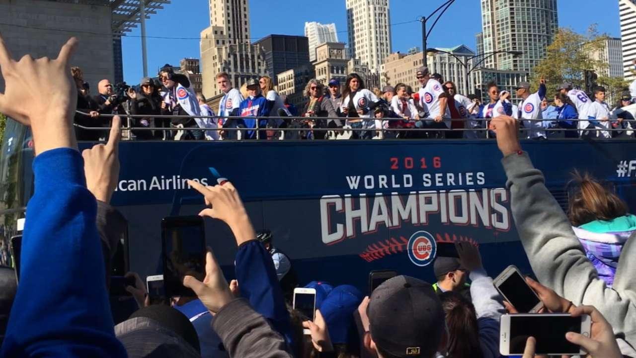Manfred: Cubs 'huge piece of postseason success'