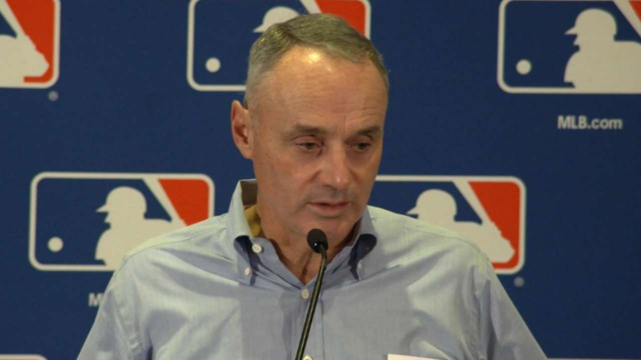 Manfred expects new CBA in place by Dec. 1