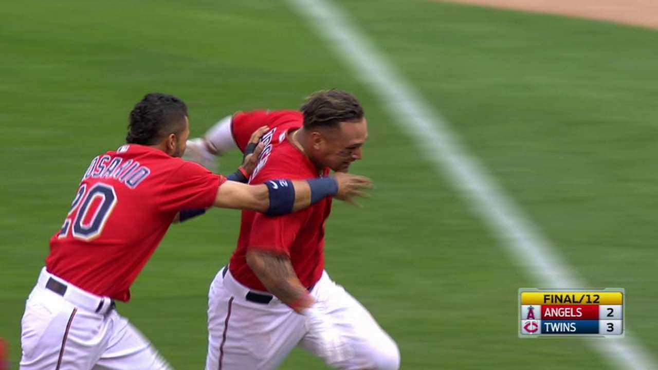 Arcia's single in 12th gives Twins walk-off win