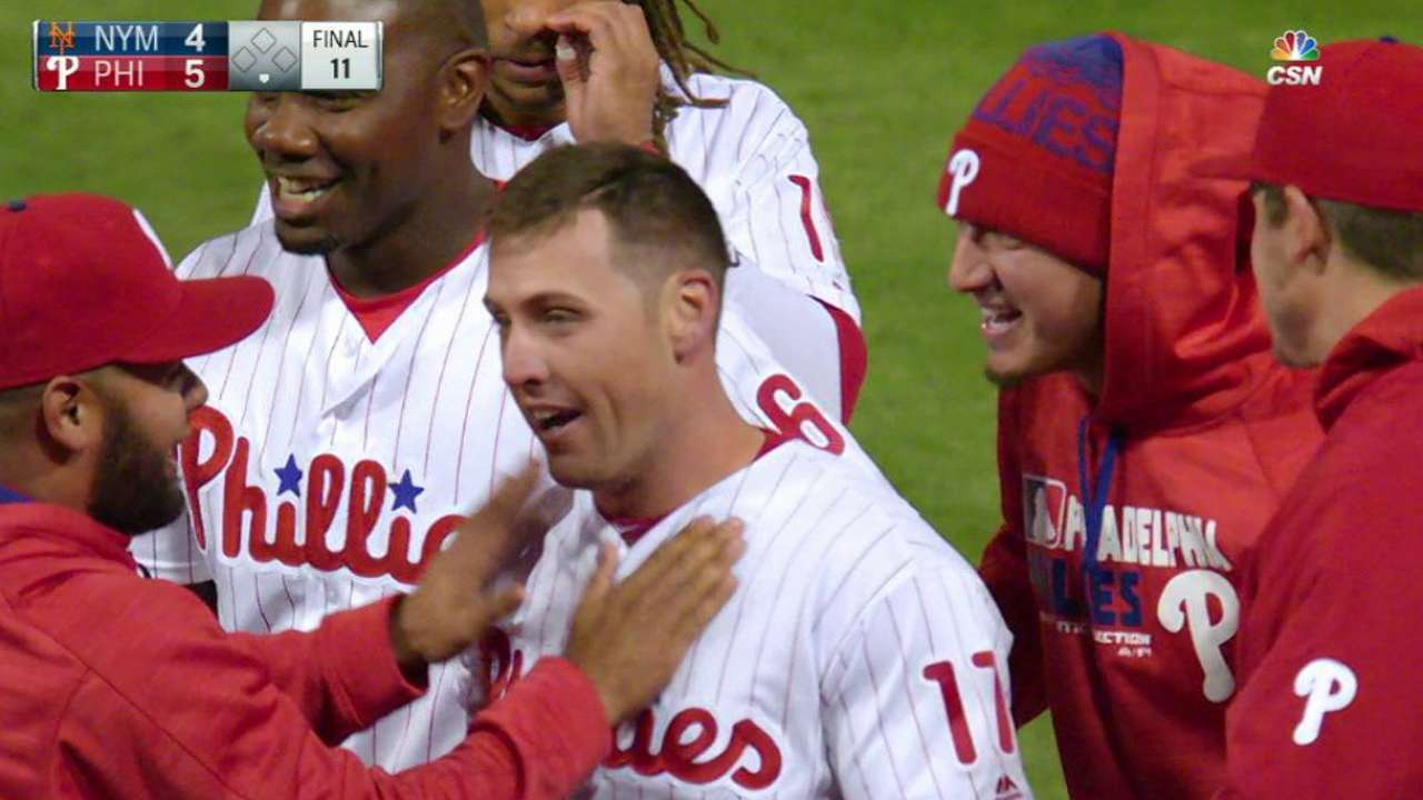 Bourjos lifts Phillies to win over Mets in 11th