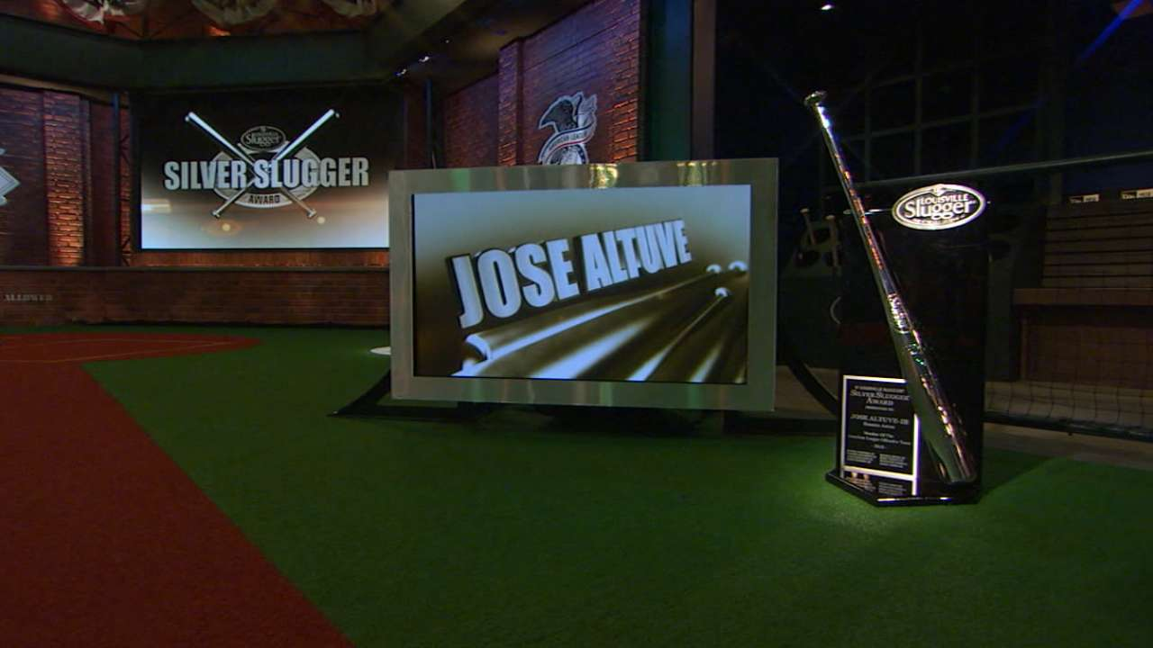 Altuve takes home 3rd straight Silver Slugger Award