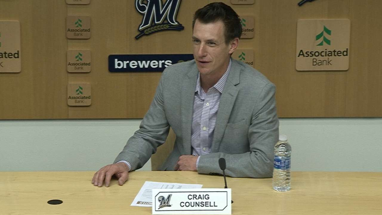 Brewers, Counsell agree on 3-year extension