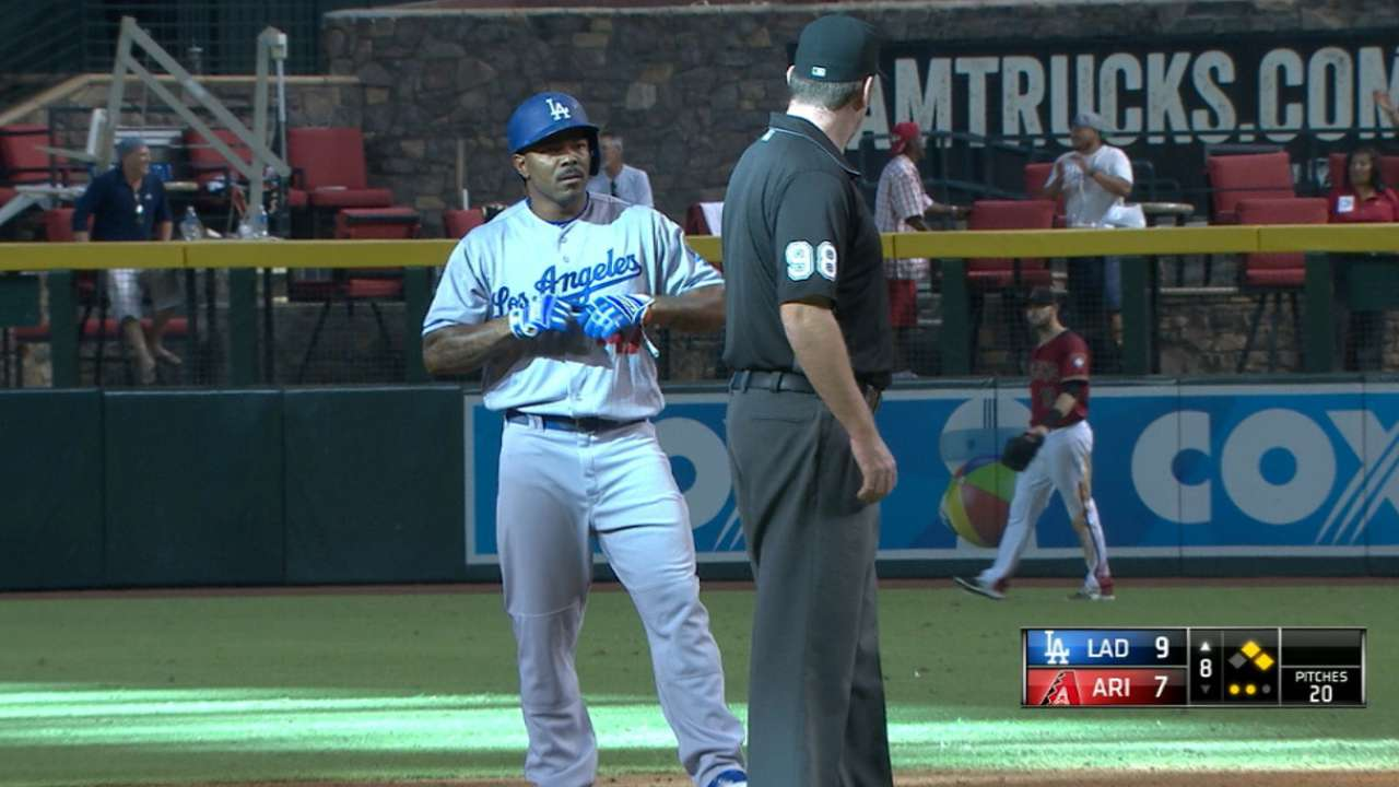 Phillies get Kendrick in trade with Dodgers