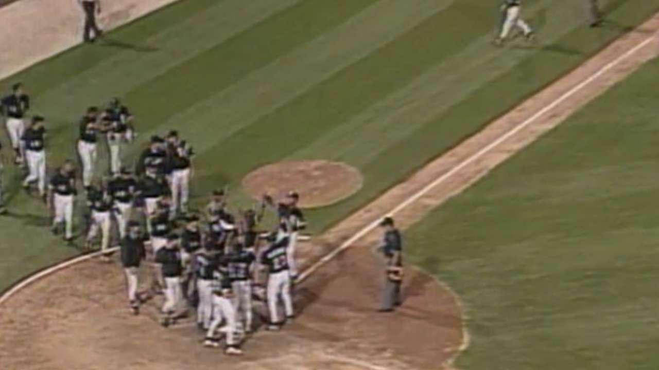 Baines' walk-off home run