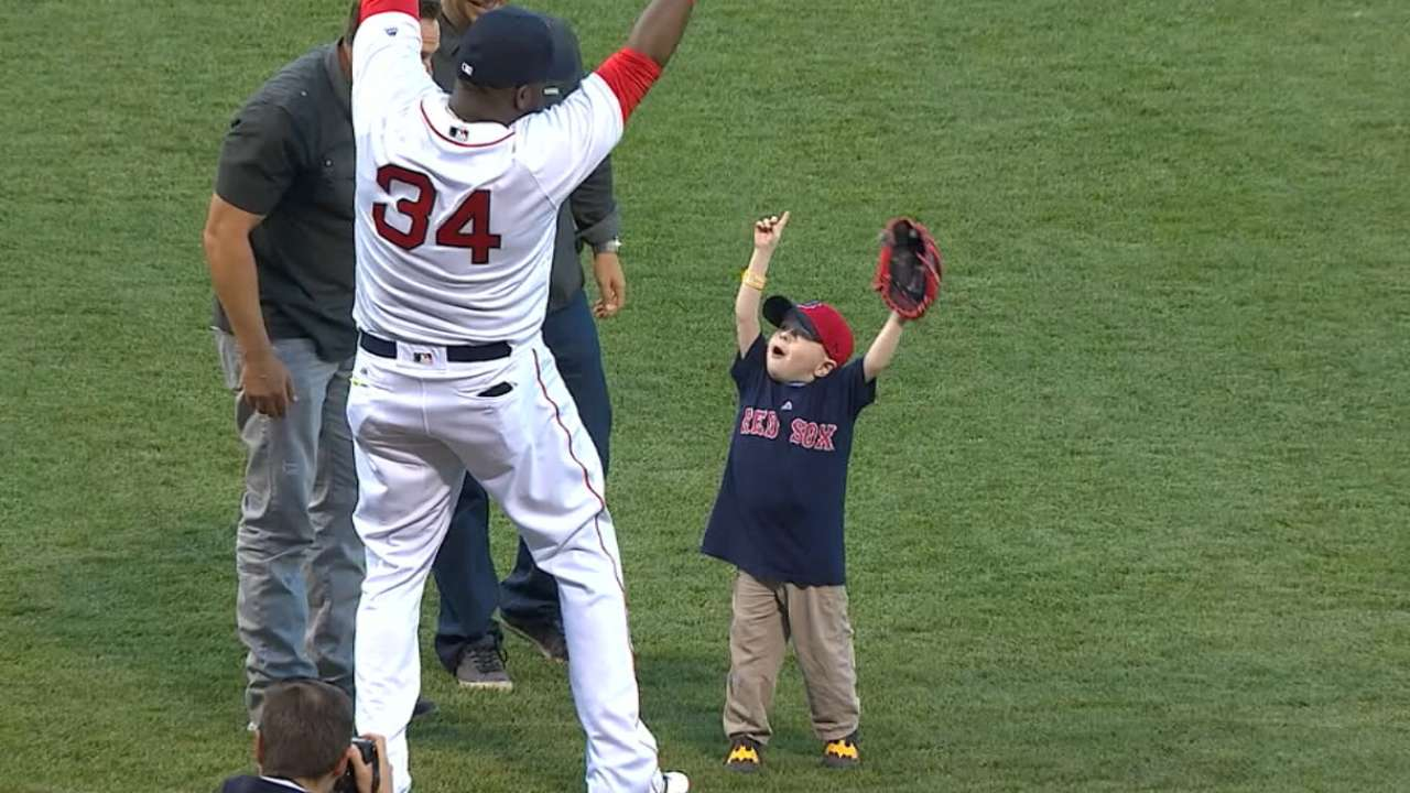 Player-Fan Interaction: Papi
