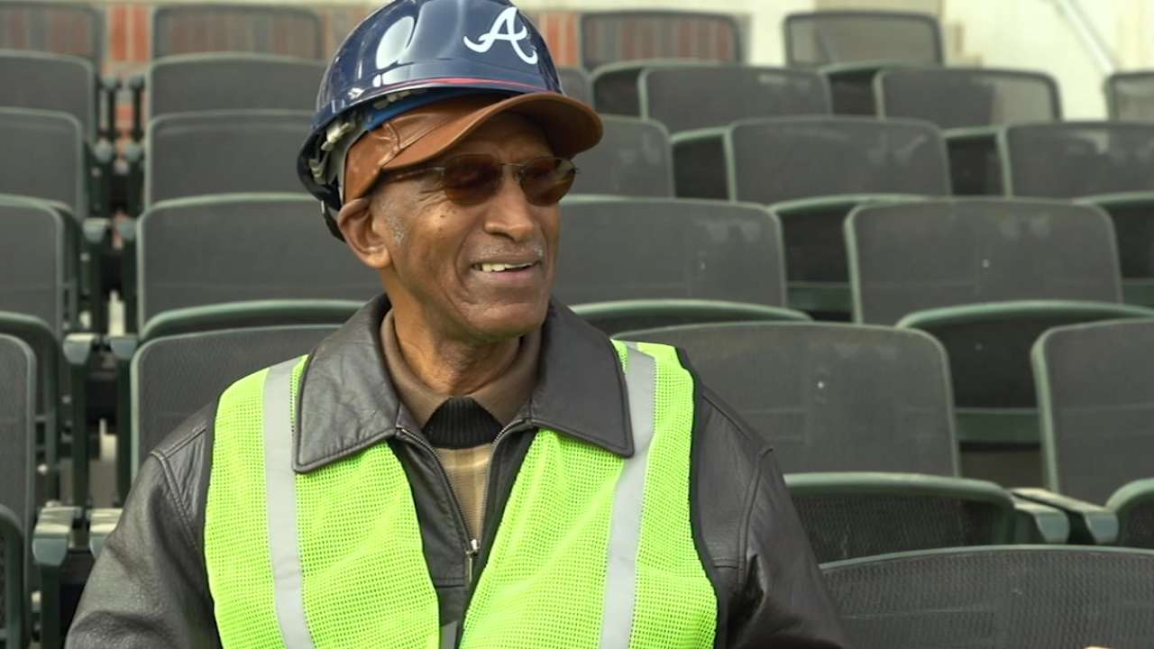 Braves arrange ballpark rides for beloved usher Banks