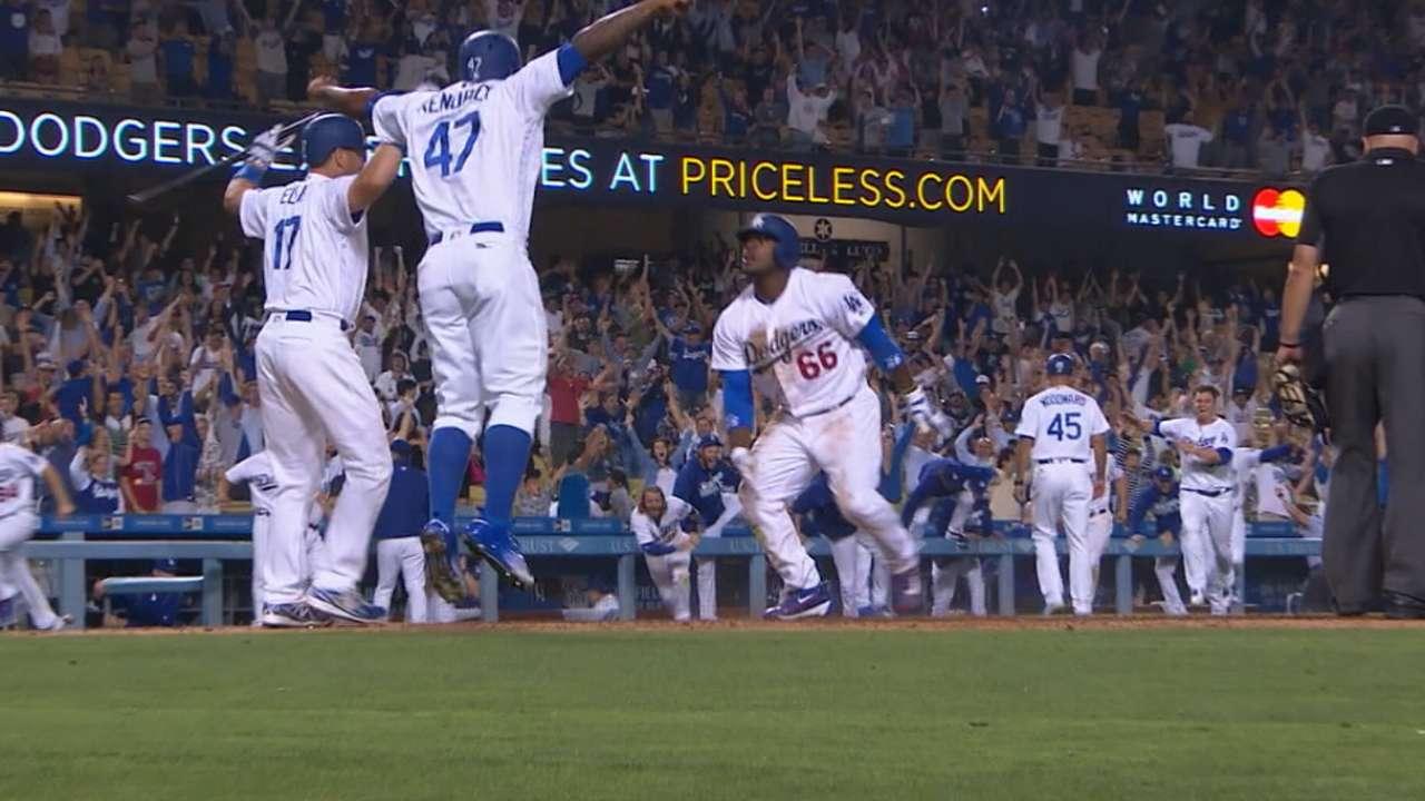 Error de Michael Taylor en la novena hizo ganar a Dodgers