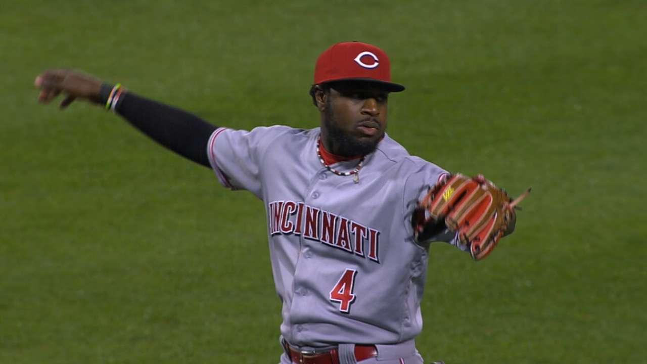 Reds eye 'pen help, veteran starter at Meetings