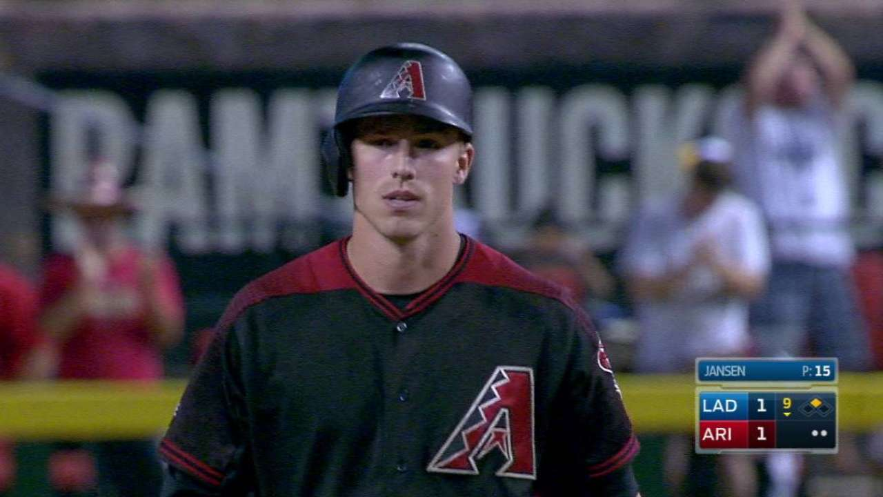 Lamb rallies D-backs with 2 clutch hits