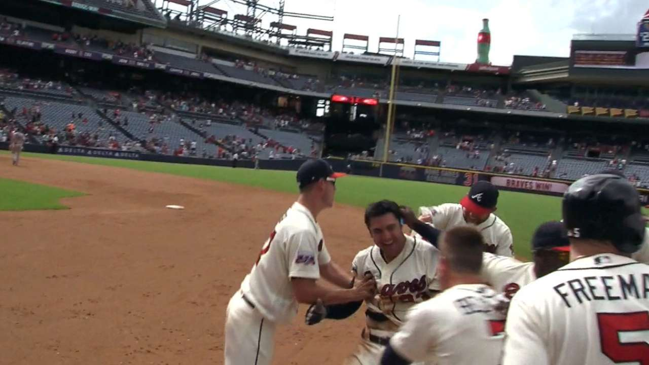 d'Arnaud's walk-off hit lifts Braves over Rox