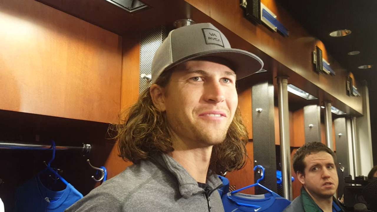 deGrom past elbow woes, sees 'window' for title