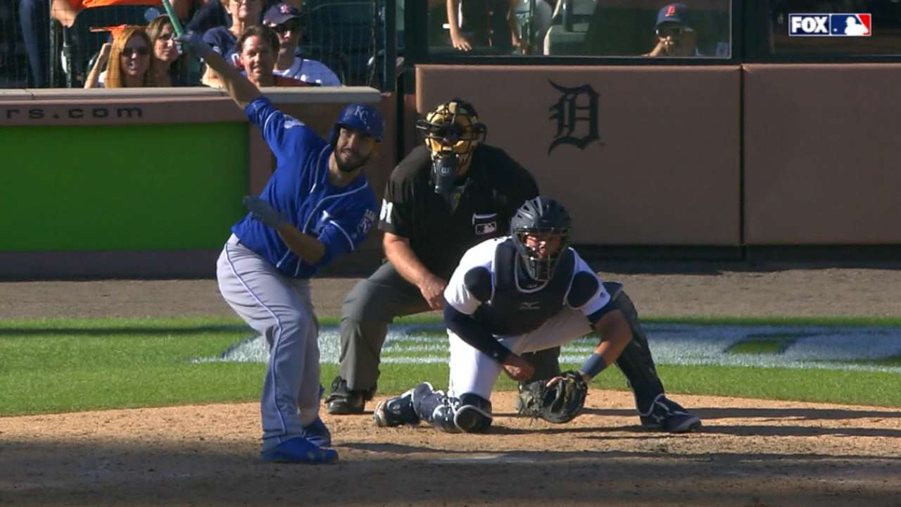Hosmer outstanding in 2016