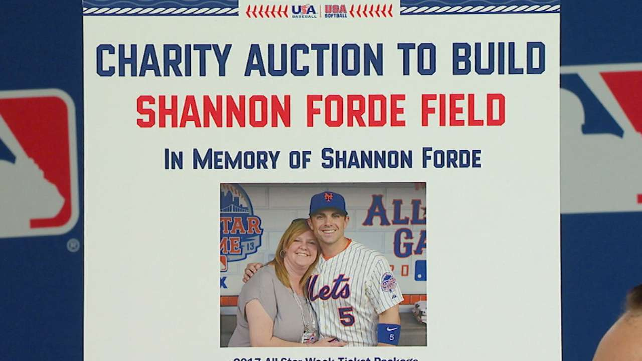 Blue Jays taking part in auction to honor Forde