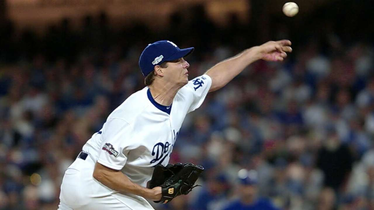 Dodgers, Hill agree to deal