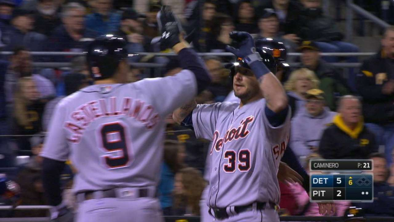 Salty's grand slam lifts Tigers over Bucs