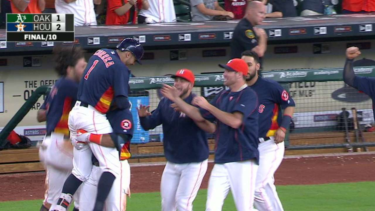 Astros capitalize on sloppy A's, walk off on error