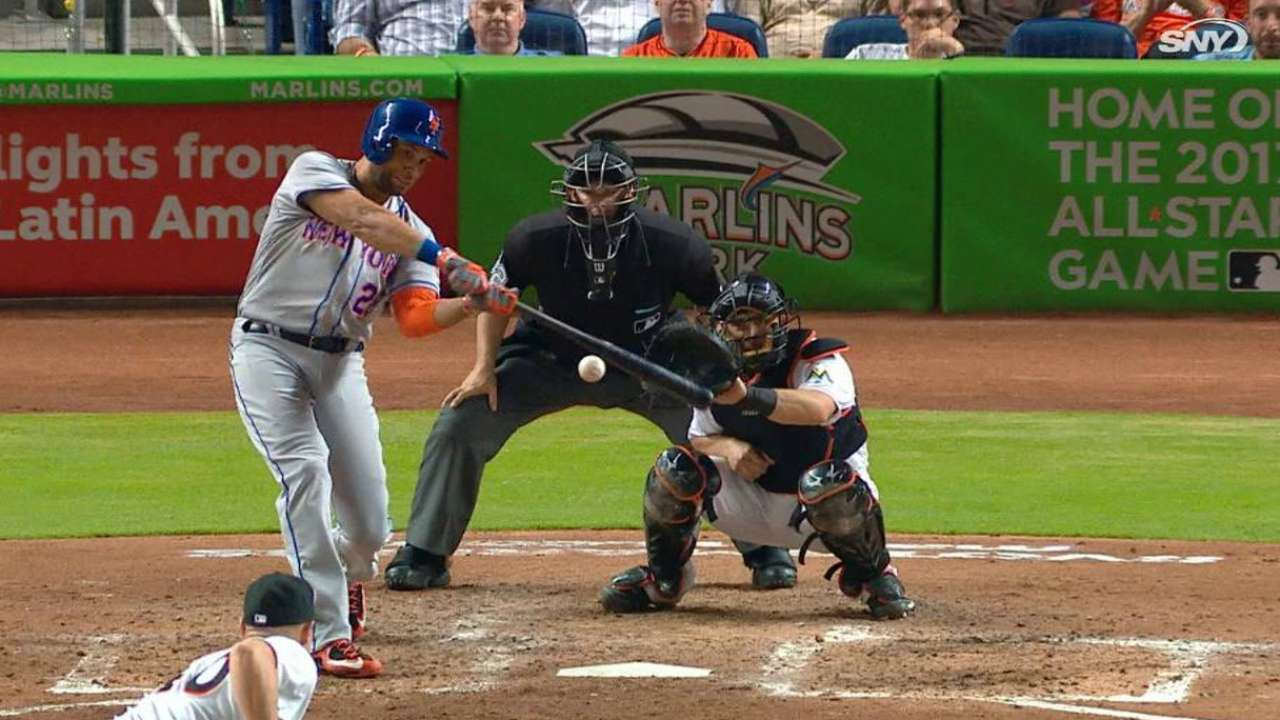 Loney's 100th HR a memorable one for Mets