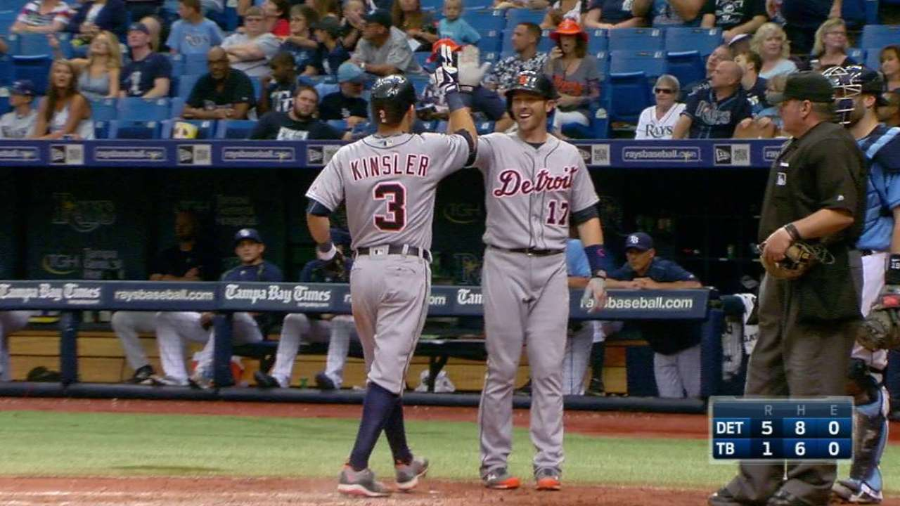 Kinsler's legs stand out on milestone day for bat