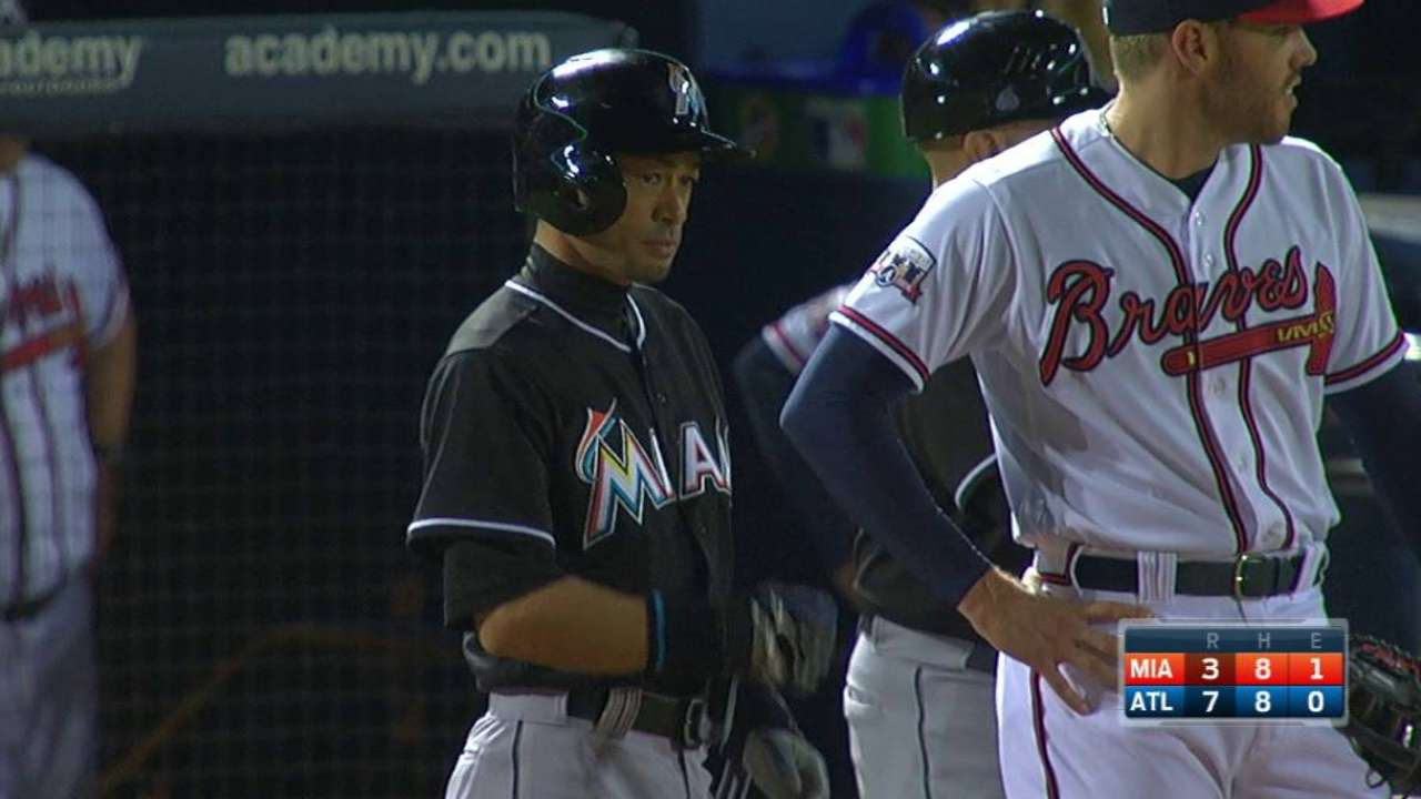 Ichiro passes Brock on all-time hits list