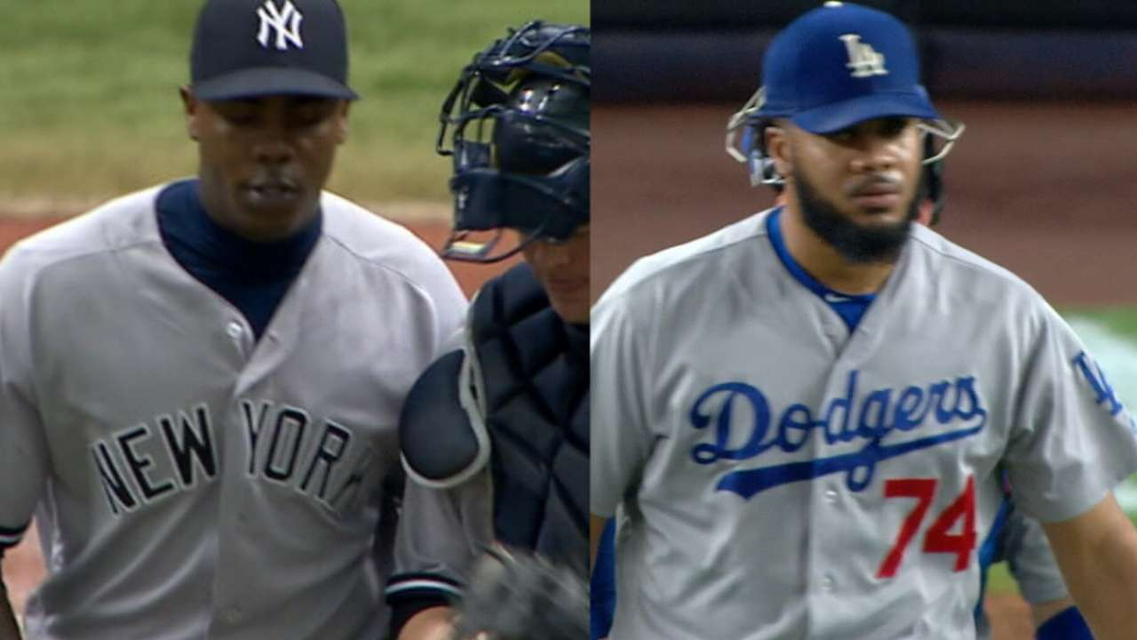 Yanks offer contracts to Chapman, Jansen