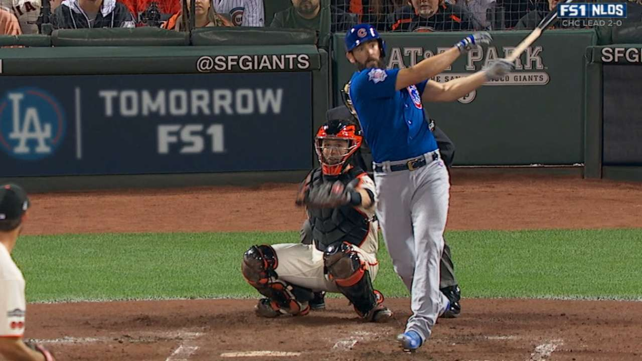 Arrieta hits first HR by pitcher off Bumgarner