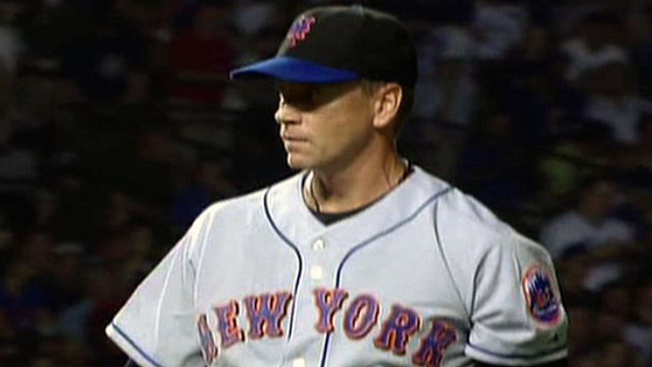 Glavine gets 300th win