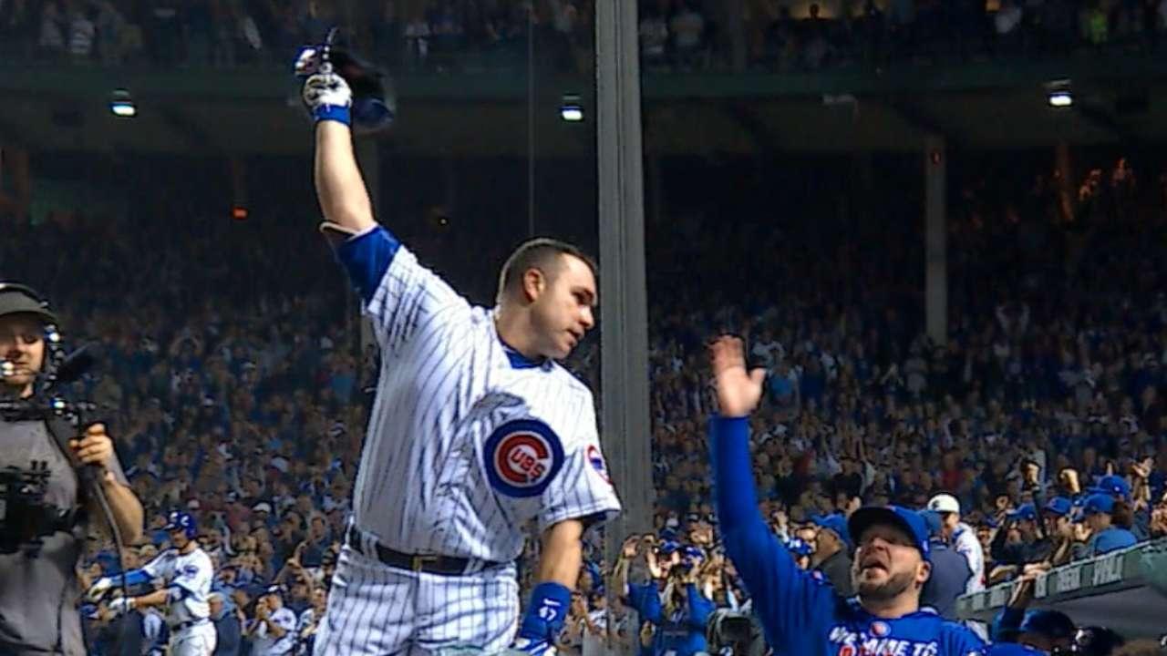 Cubs' Montero sends arrow to fans' hearts