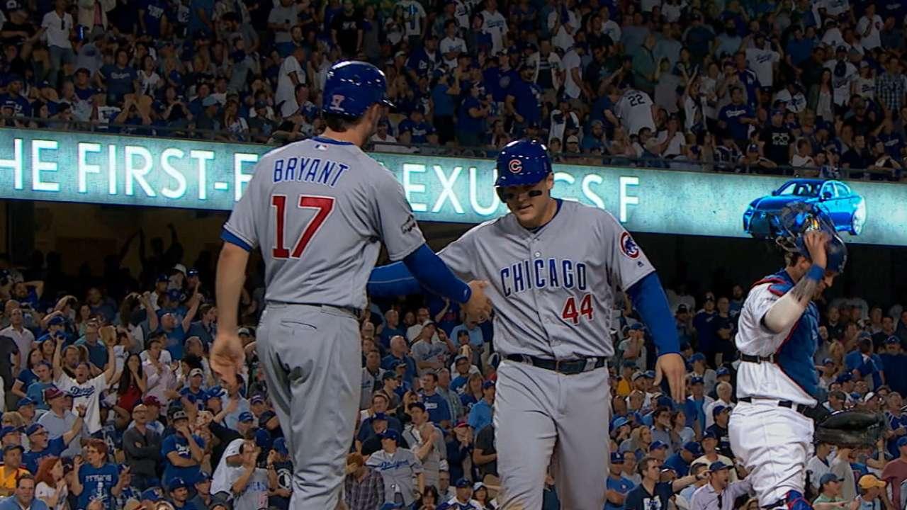 Cachorros explotan contra Dodgers y emparejan la SCLN