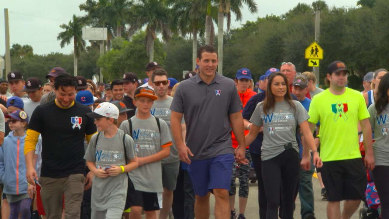 Rizzo honored in hometown before annual 5K