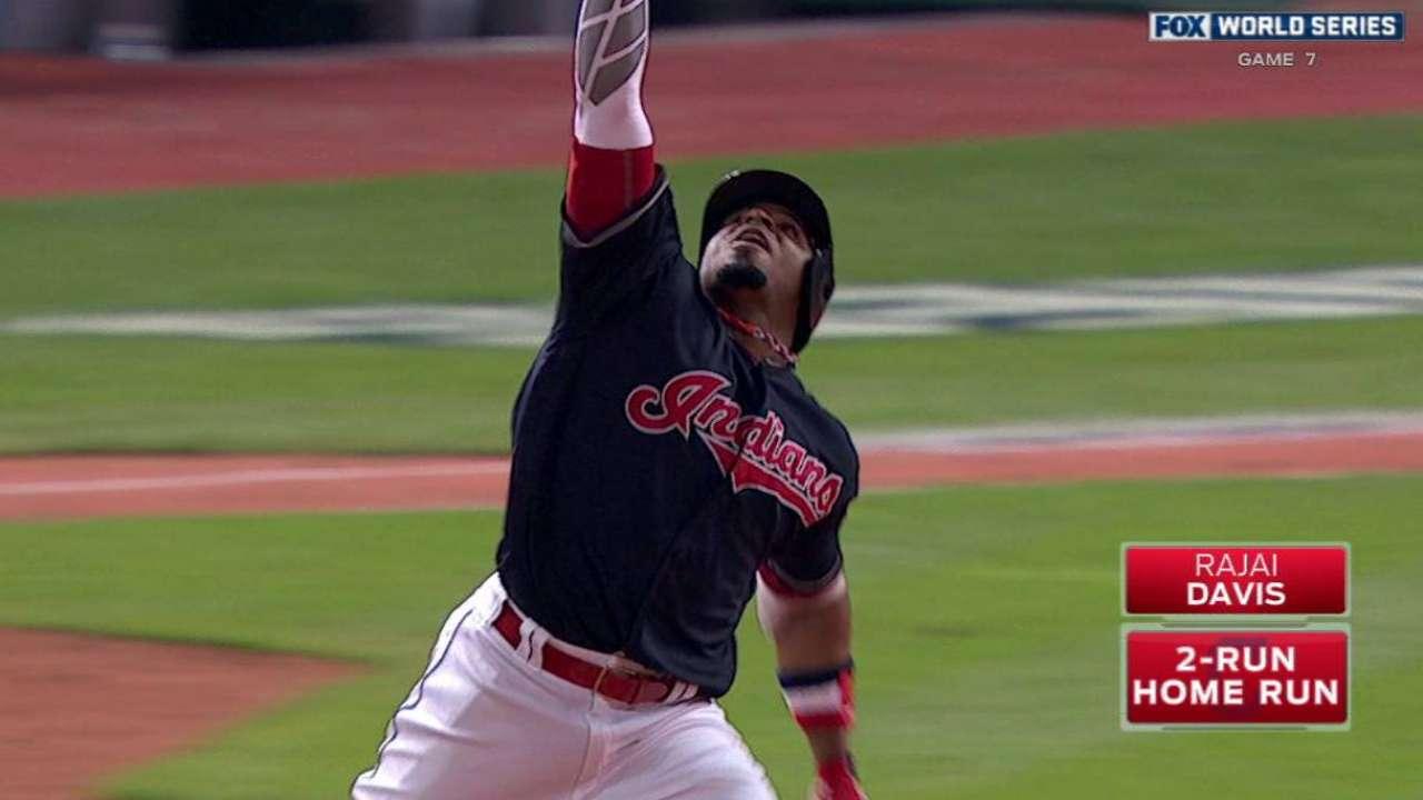 Davis' game-tying two-run homer