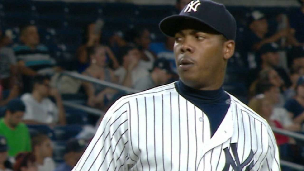 Yankees finalize 5-year deal with Chapman