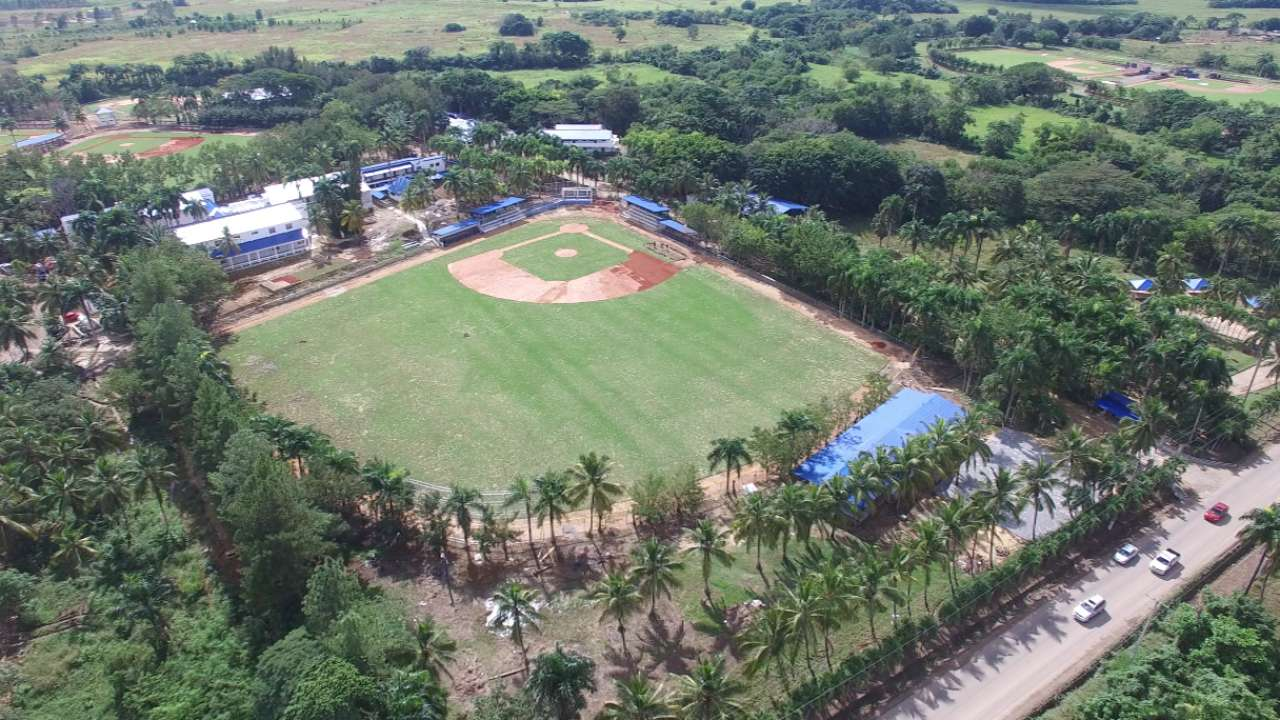 Dodgers going 'all-in' with Dominican academy
