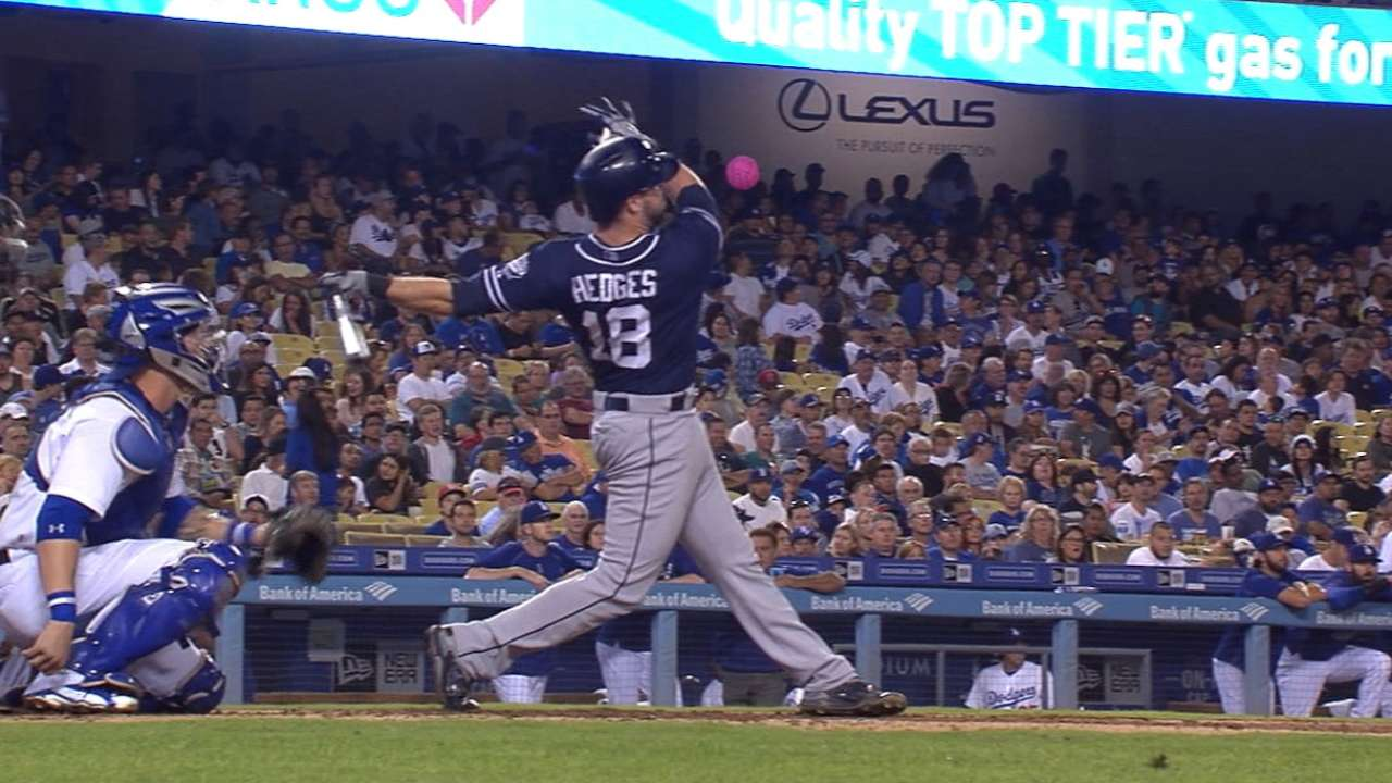 Around the Horn: Padres set for changing of the guard at catcher