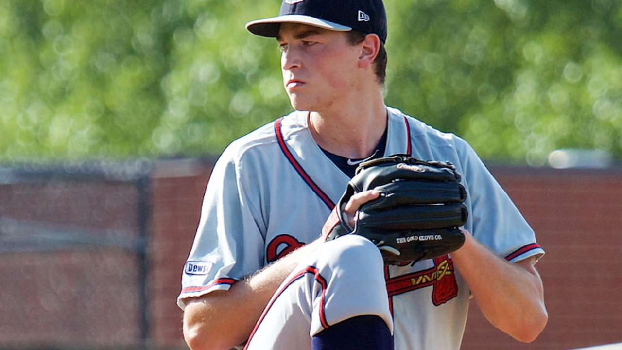 Inbox: Breaking down Braves pitching prospects