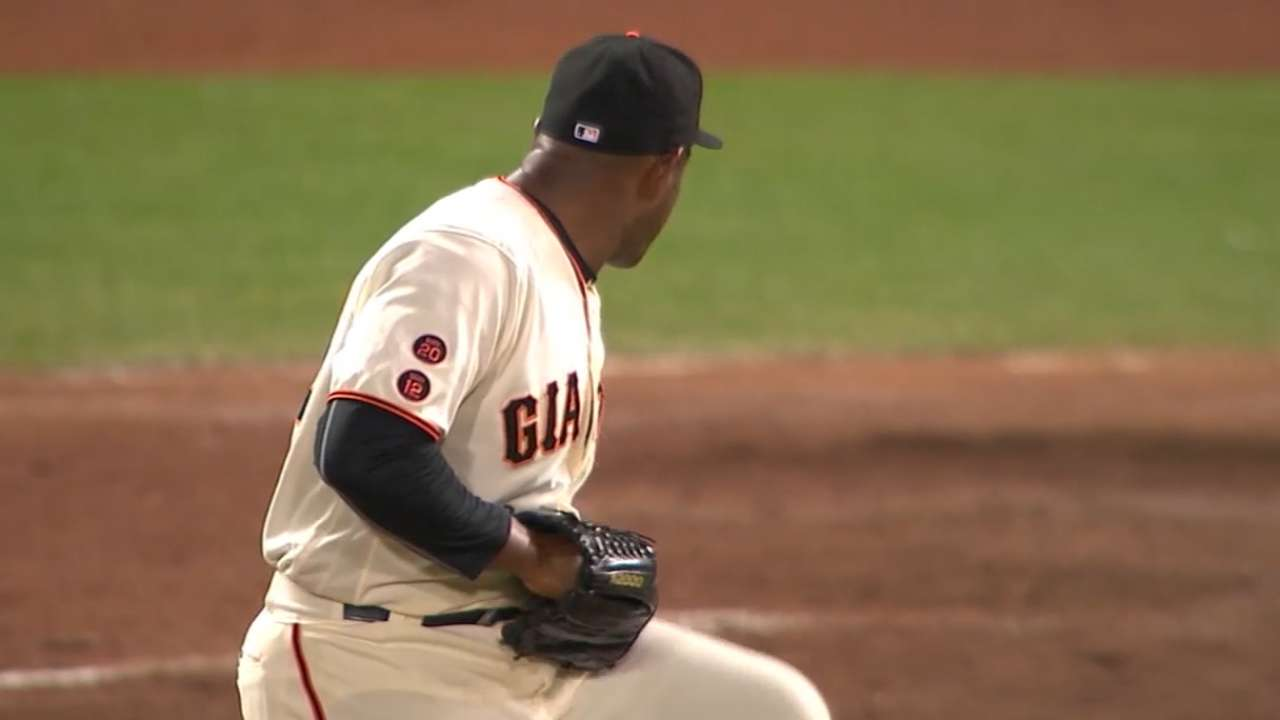 MLB Tonight: A's land Casilla