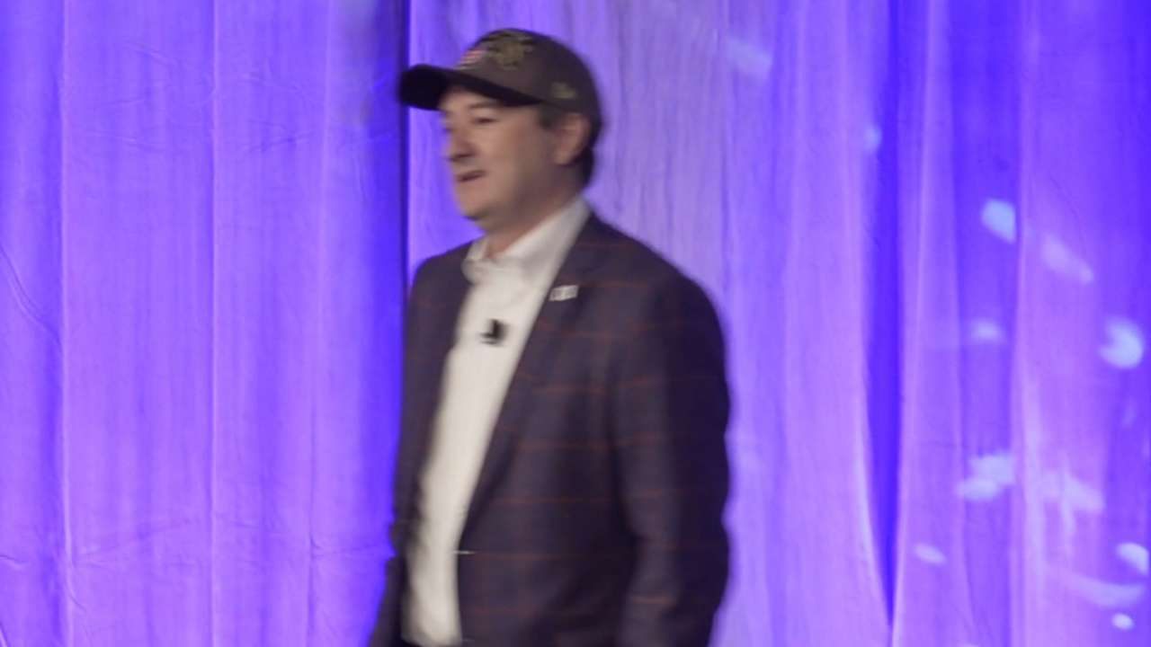 Ricketts opens Cubs Convention