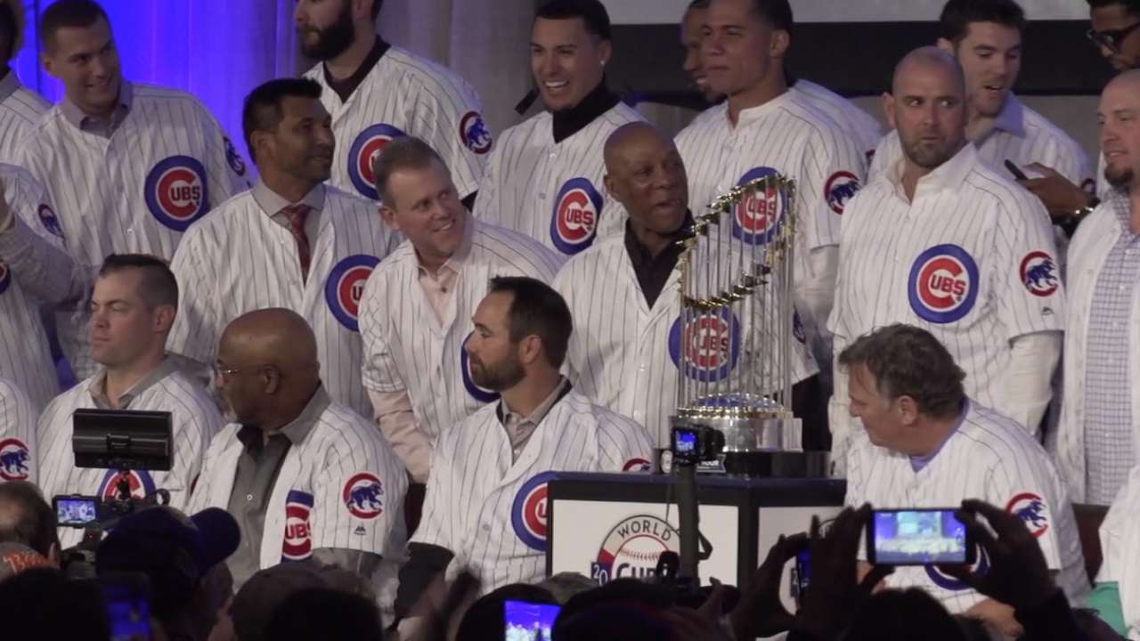 Cubs Convention: Champs of a lifetime!