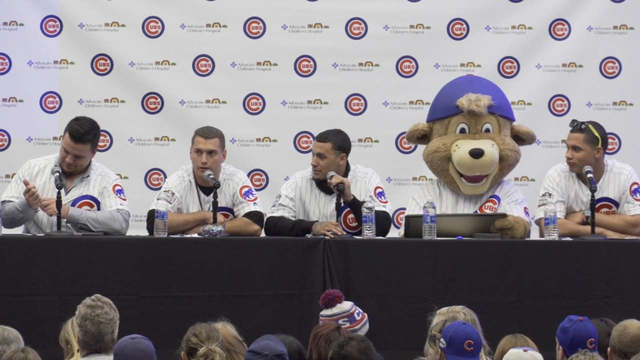 Cubs get grilled by young fans at Convention