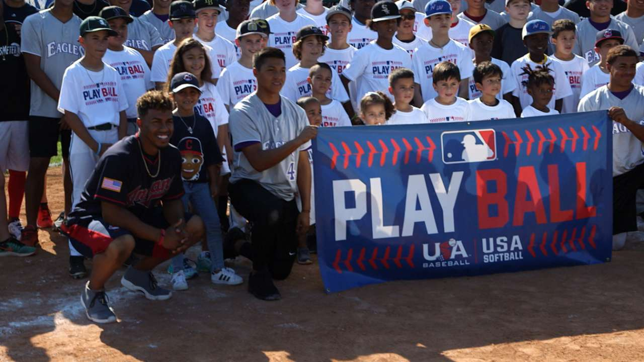 Lindor hosts Play Ball event