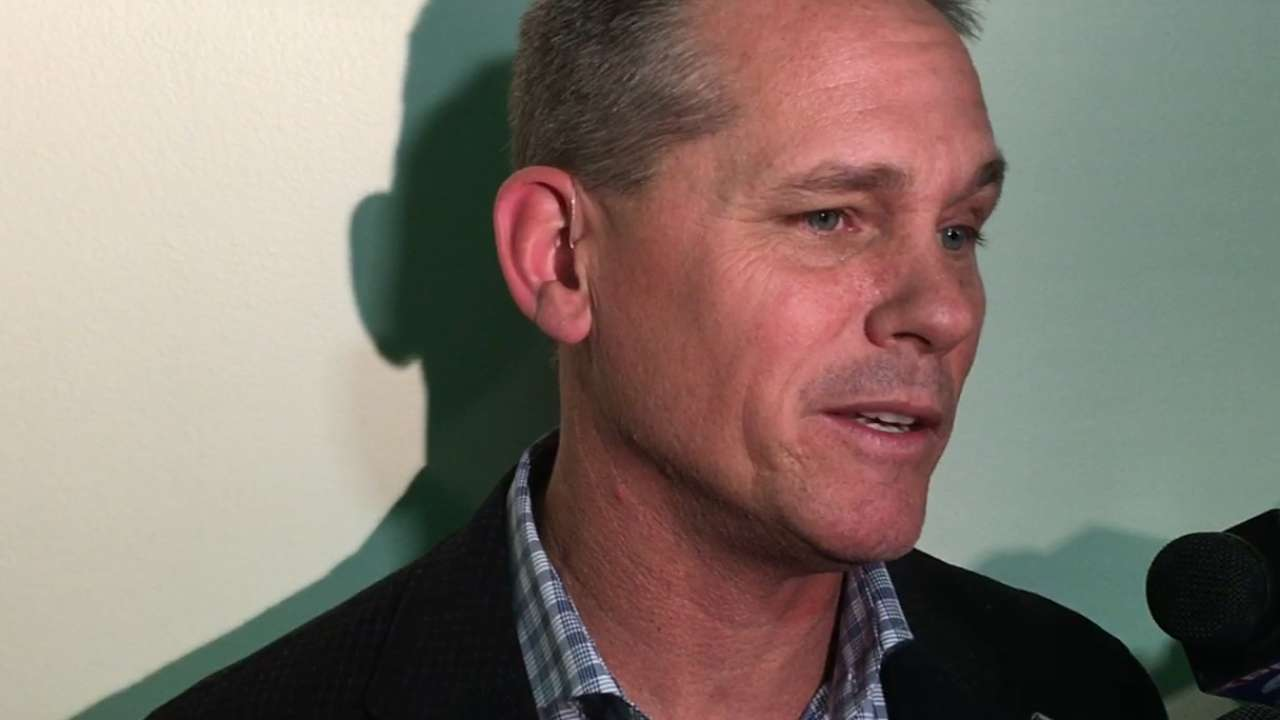 Biggio discusses Bagwell to HOF