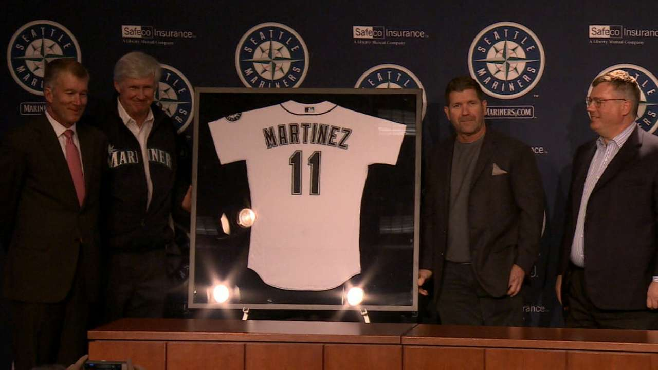 Mariners to retire No. 11