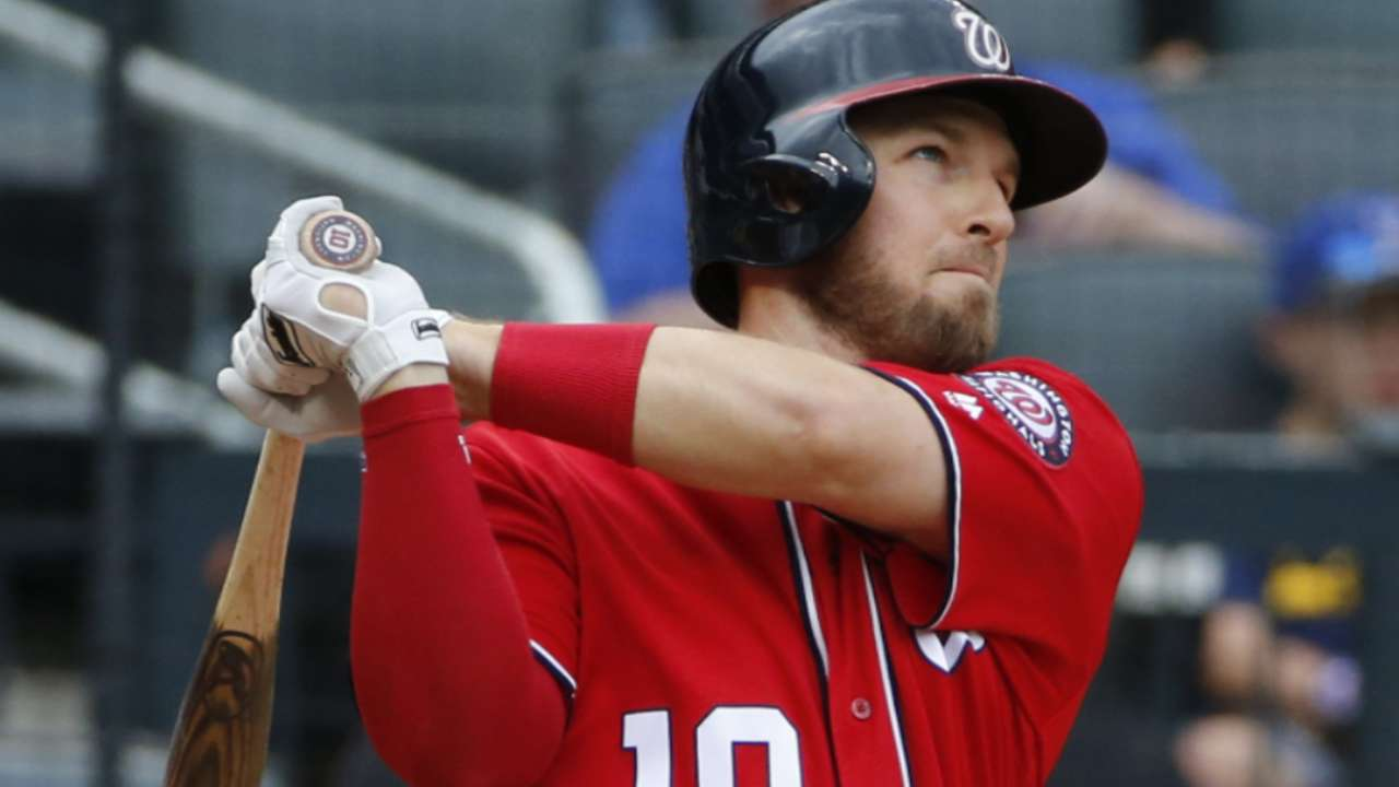 Drew loyal to Nats despite offers to start elsewhere
