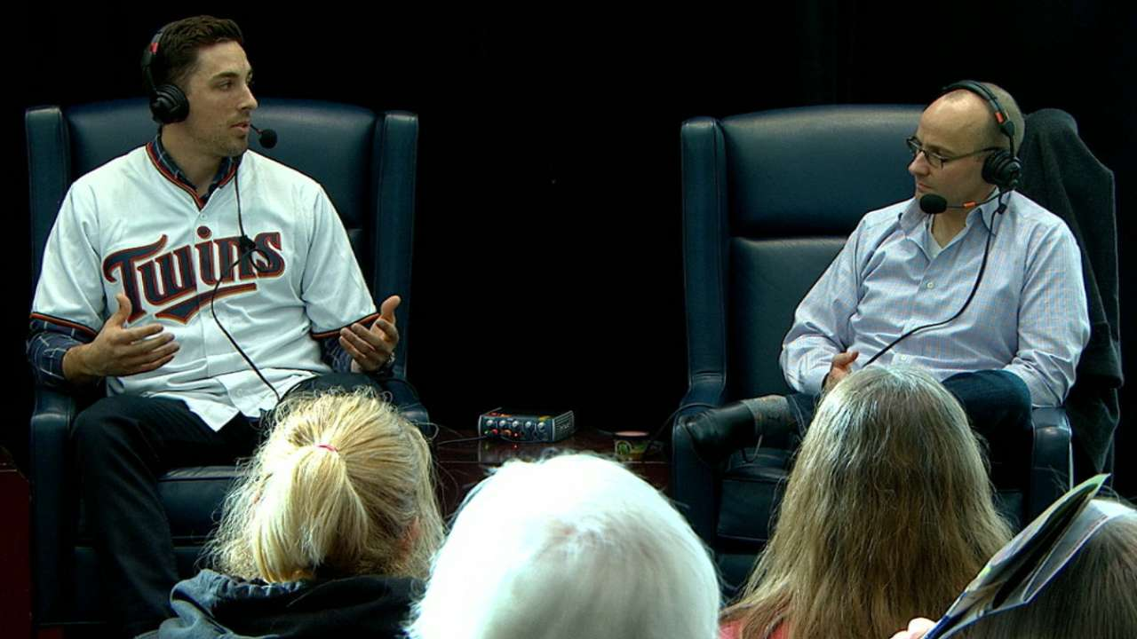 TwinsFest gives Castro chance to meet 'mates, fans