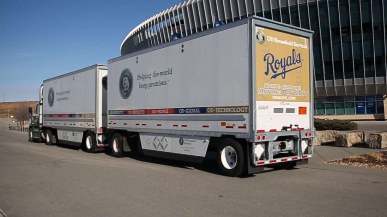 Keep on truckin: Grieving Royals load up for spring